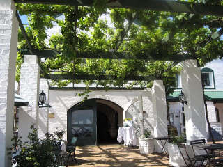 The entrance to the Avontuur Restaurant and cellar building